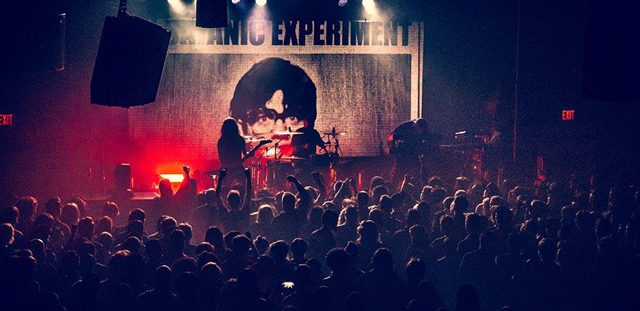 CarpenterBrut-live-6